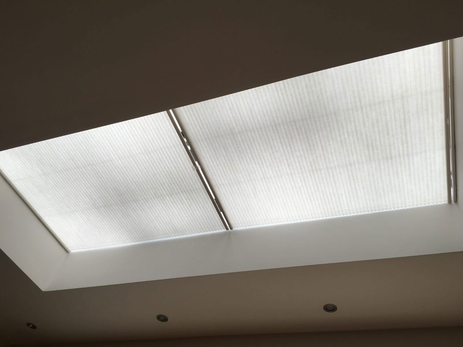 cellular-skylight-blinds-made-to-measure